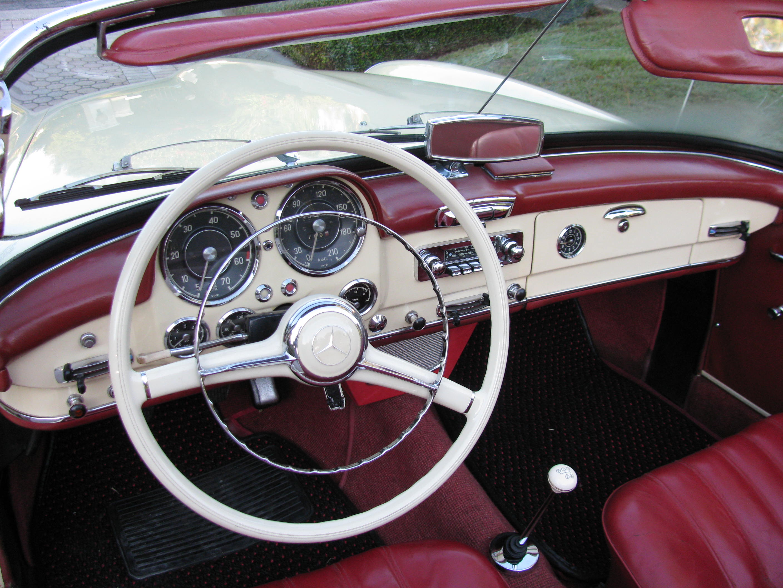 1963 Mercedes 190SL 013