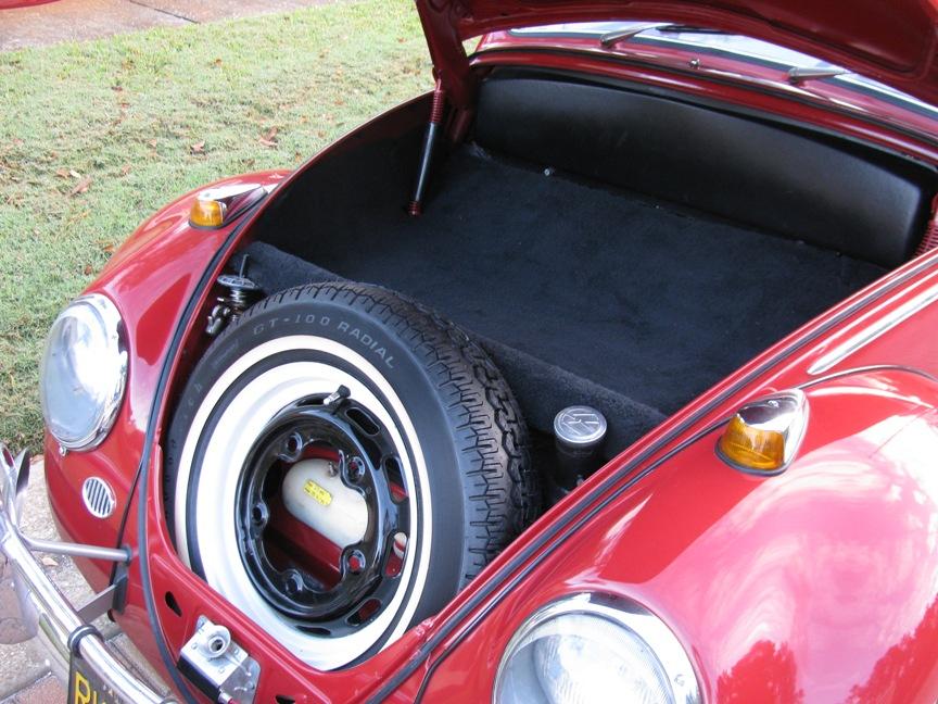13.1966 VW Bug 1300 017