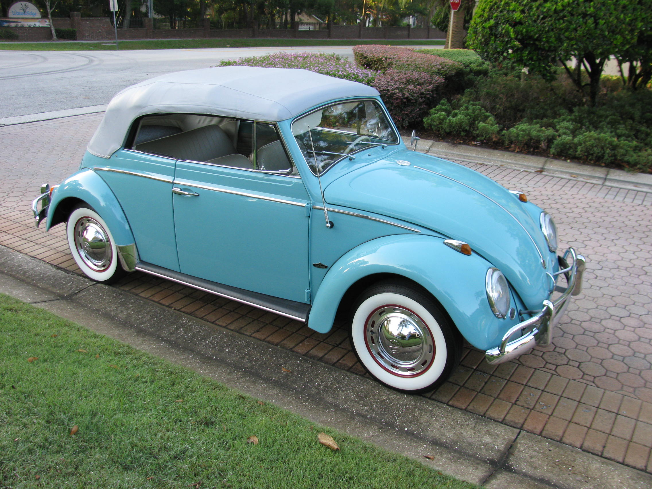 1963 Volkswagen Beetle Convertible - SOLD! - Vantage Sports Cars | Vantage Sports Cars