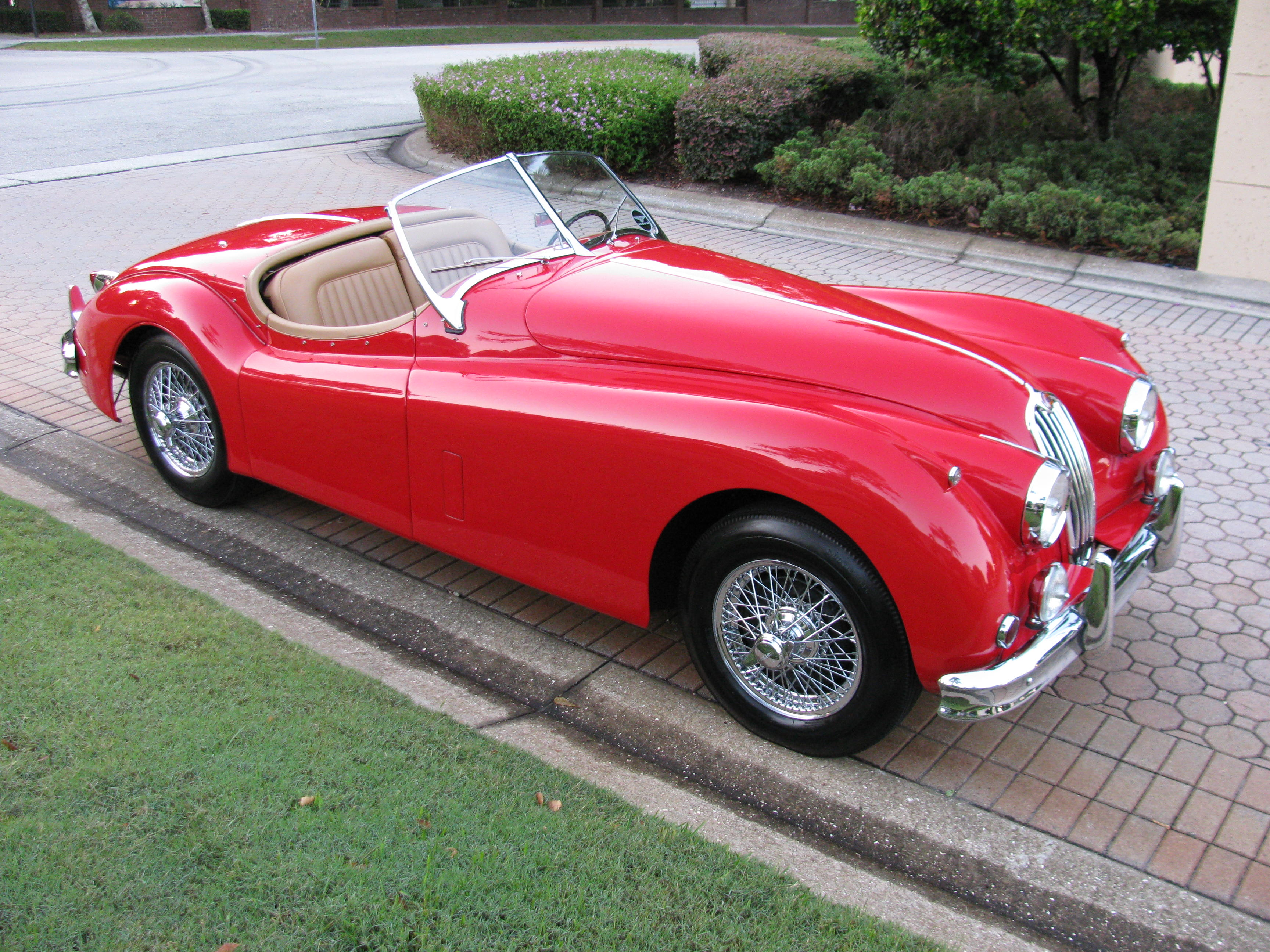 coupe results in week bring jaguar a se auction trailer