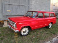 1.red wagoneer 010