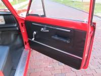 11.red wagoneer 021