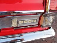27.red wagoneer 041