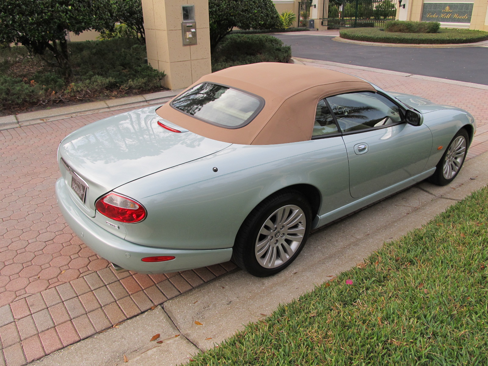 xk convertible for metallic hampshire roof sale in jaguar used with hide oatmeal blue petrol pacific