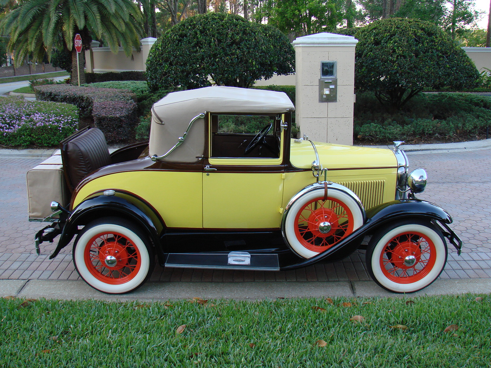 1931 ford model a cabriolet sold vantage sports cars. Black Bedroom Furniture Sets. Home Design Ideas