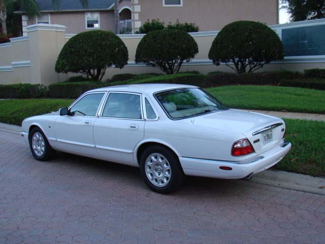1996 Jaguar Xj6 Relay Diagram together with Jaguar Xjs Ecu Wiring Diagram also 4 Terminal Relay Wiring Diagram in addition 97 Range Rover Engine Diagram together with Jaguar Xjs Ecu Wiring Diagram. on 81gxn jaguar xj6 series 4 2 litre
