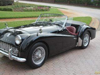 1962 triumph tr3 a sold vantage sports cars vantage. Black Bedroom Furniture Sets. Home Design Ideas